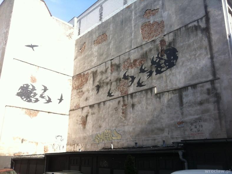 murale w Dzielnicy Czterech Wyznań